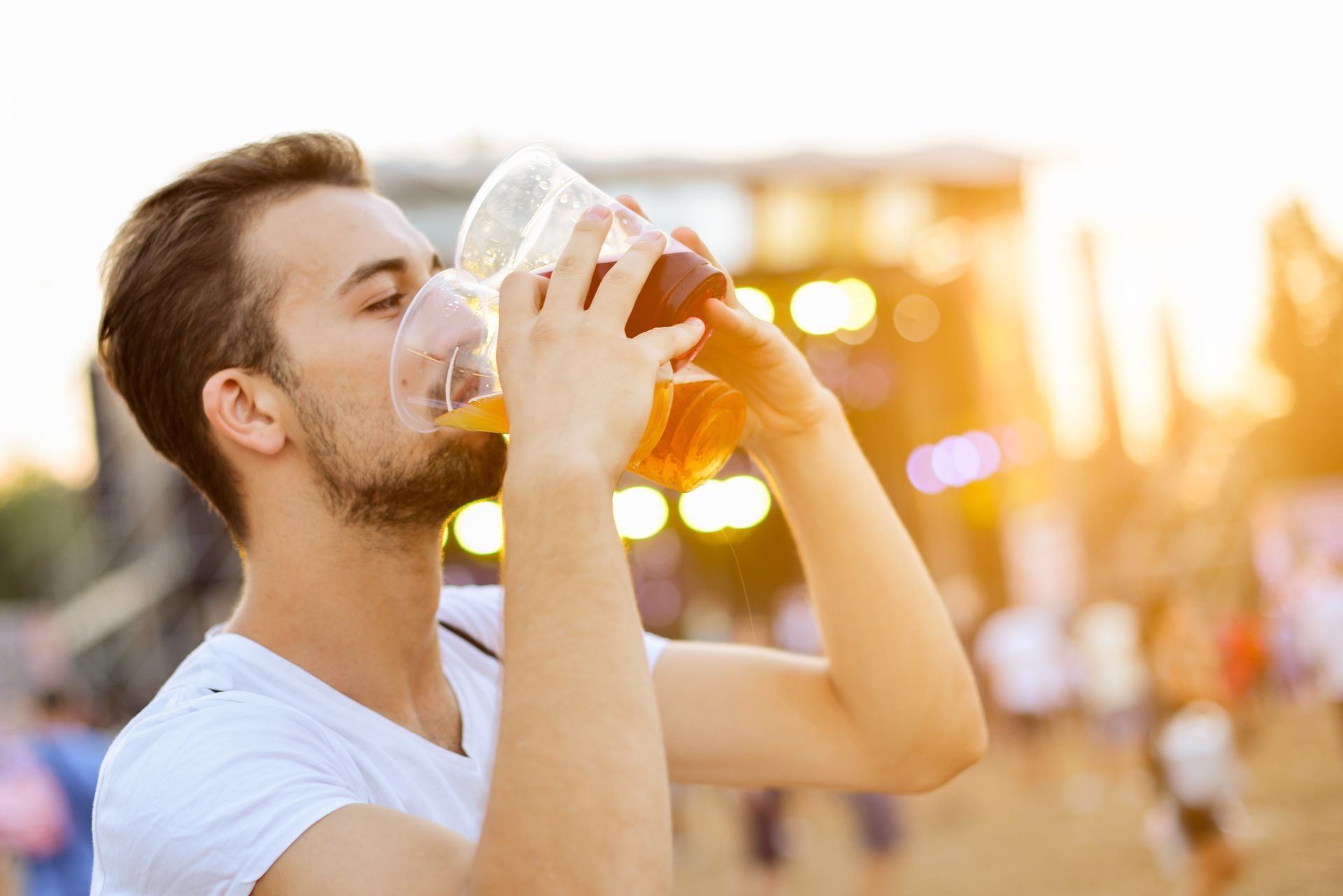 What is Binge Drinking? Top 7 Associated Dangers